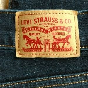 Levi's classic boot SZ 16 - high waisted/Mom